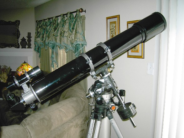 Click this picture to see an enlarged photo of Gary Barabino's 127mm f/9 Yulin refractor.